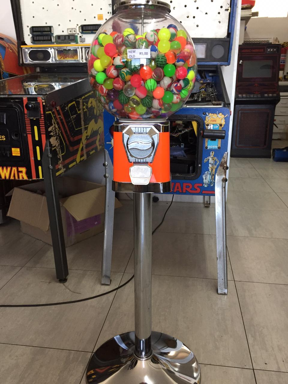 Bouncy Ball Vending Machine for sale, NEW