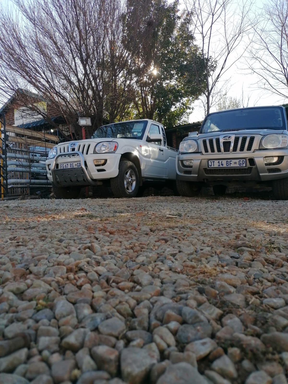 MAHINDRA SCORPIO 2.2 2X4GEARBOX BAKKIE & MAHINDRA SCORPIO SUV2.2 4X4 GEARBOX