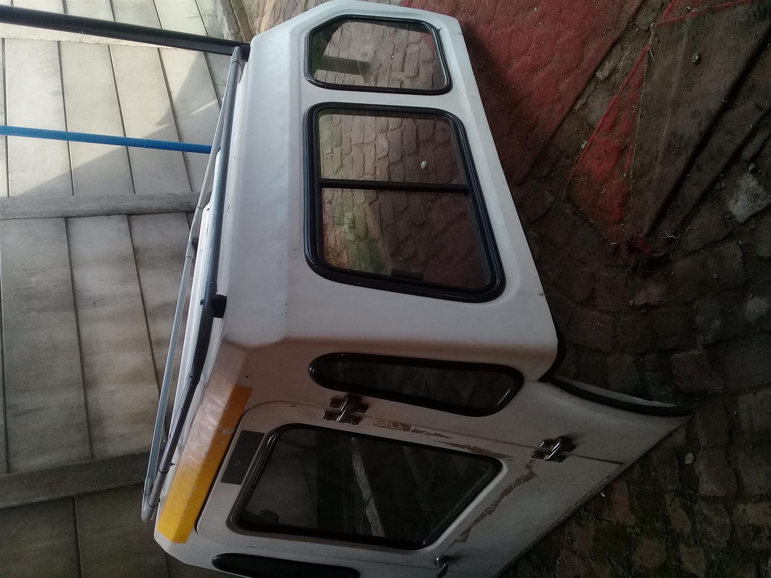 Nissan 1400 canopy still in good