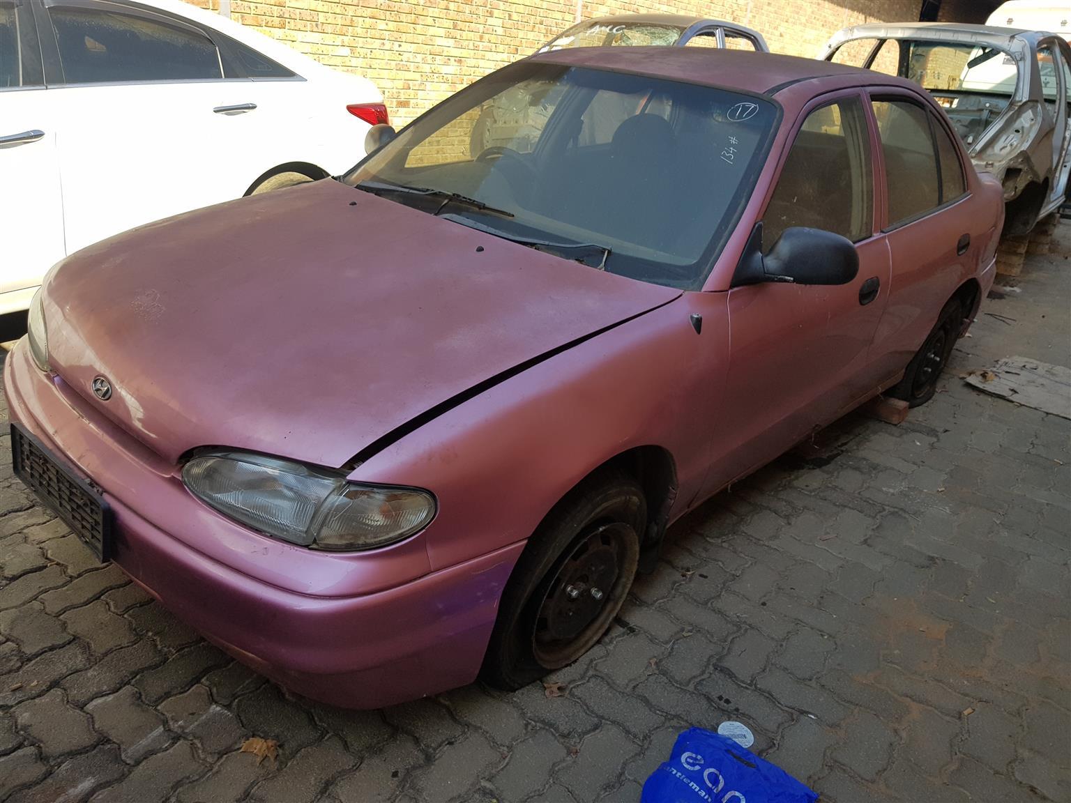 Hyundai Accent 1.5 CSI 1996 G4EK Stripping for Spares