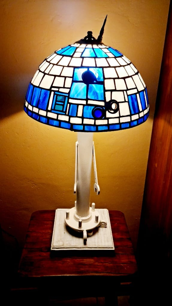 R2D2 Hnadcrafted stained glass lamp