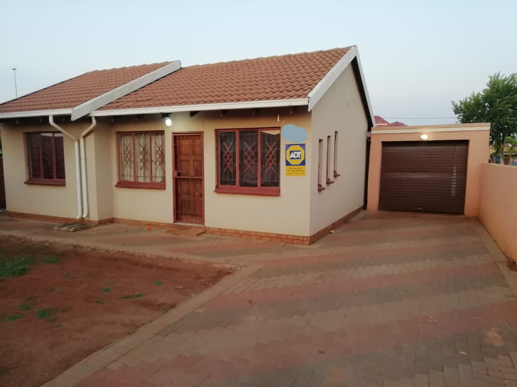Stunning 3 bedrooms to Rent in Soshanguve xx