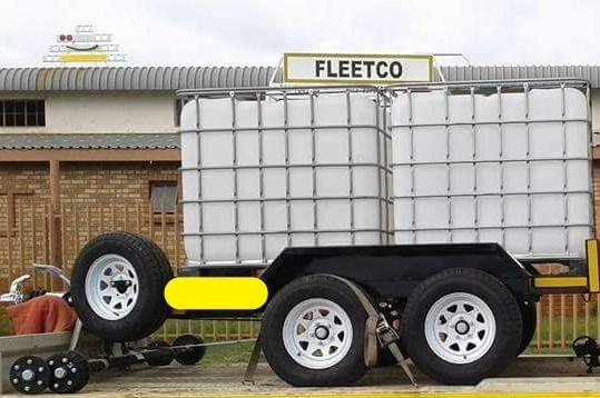 2000L Flow bin trailers for sale