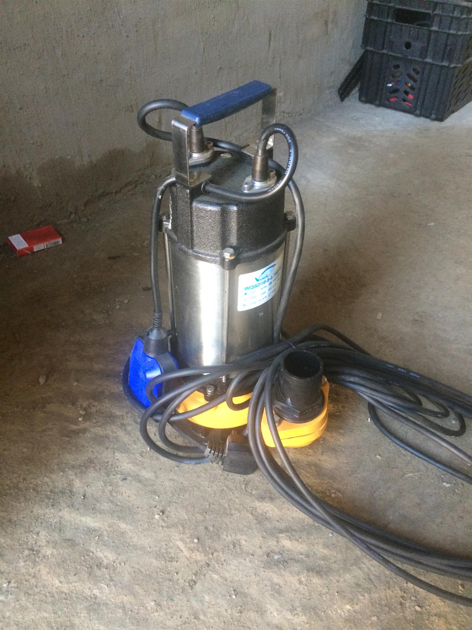 Submersible pump for sale