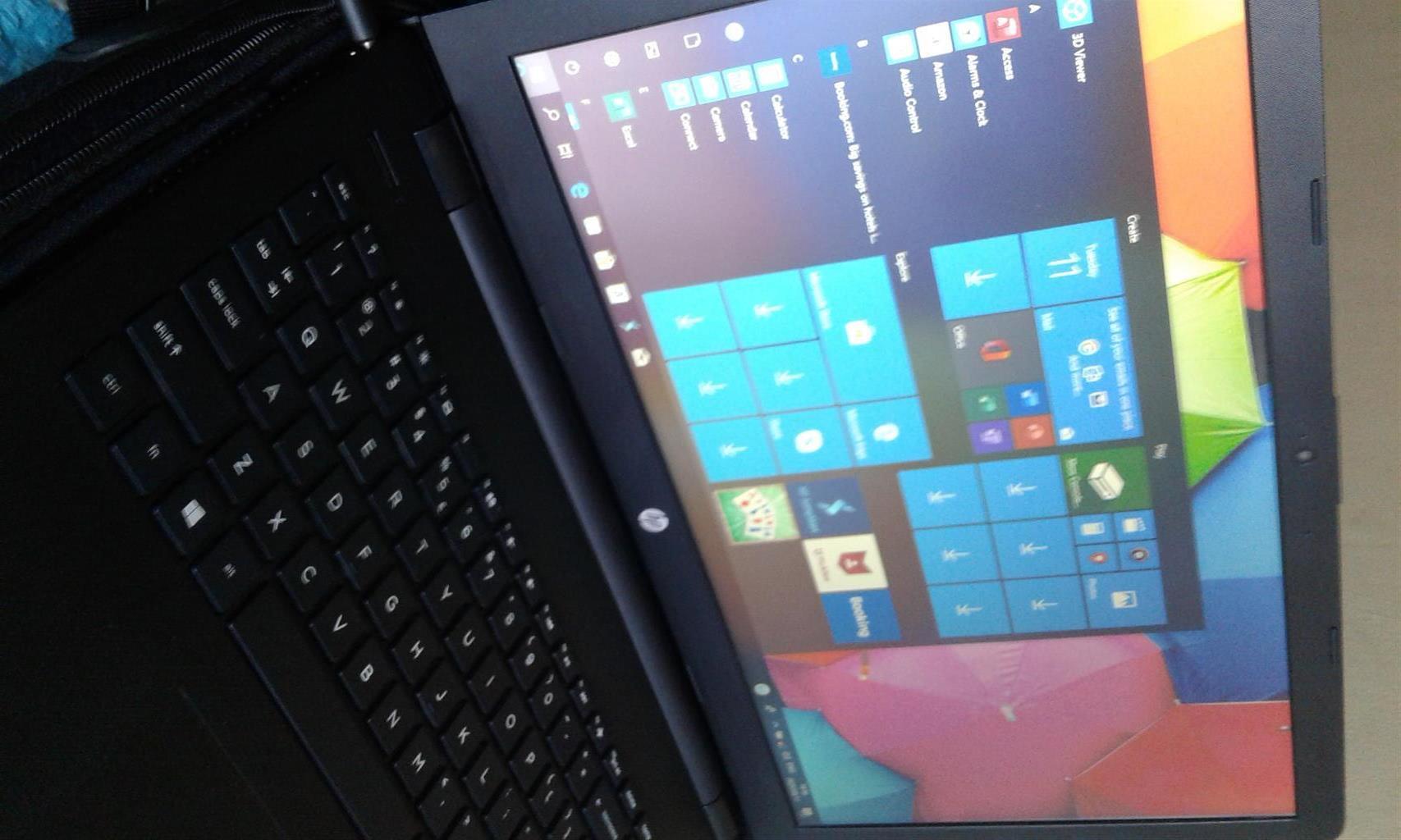 "HP 15 Intel i3-5005U Windows 10 Home 15.6"" Notebook, Jet Black, 4Gig Ram, 2Ghz, 1T HDD."