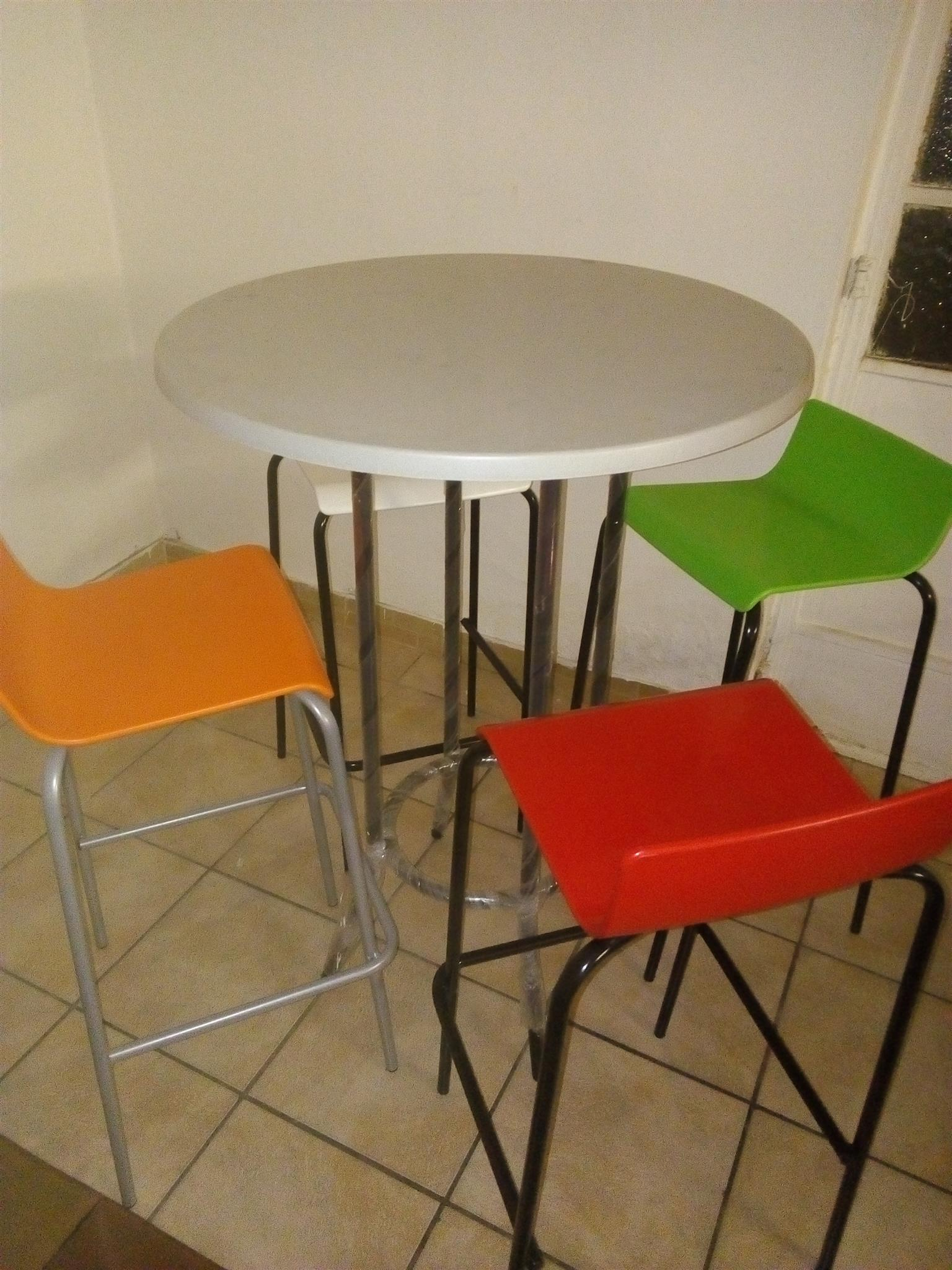 BAR chairs and table SET