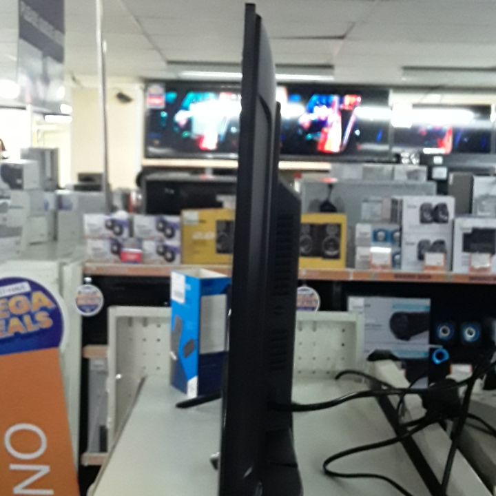 Dixon 32 Inch TV
