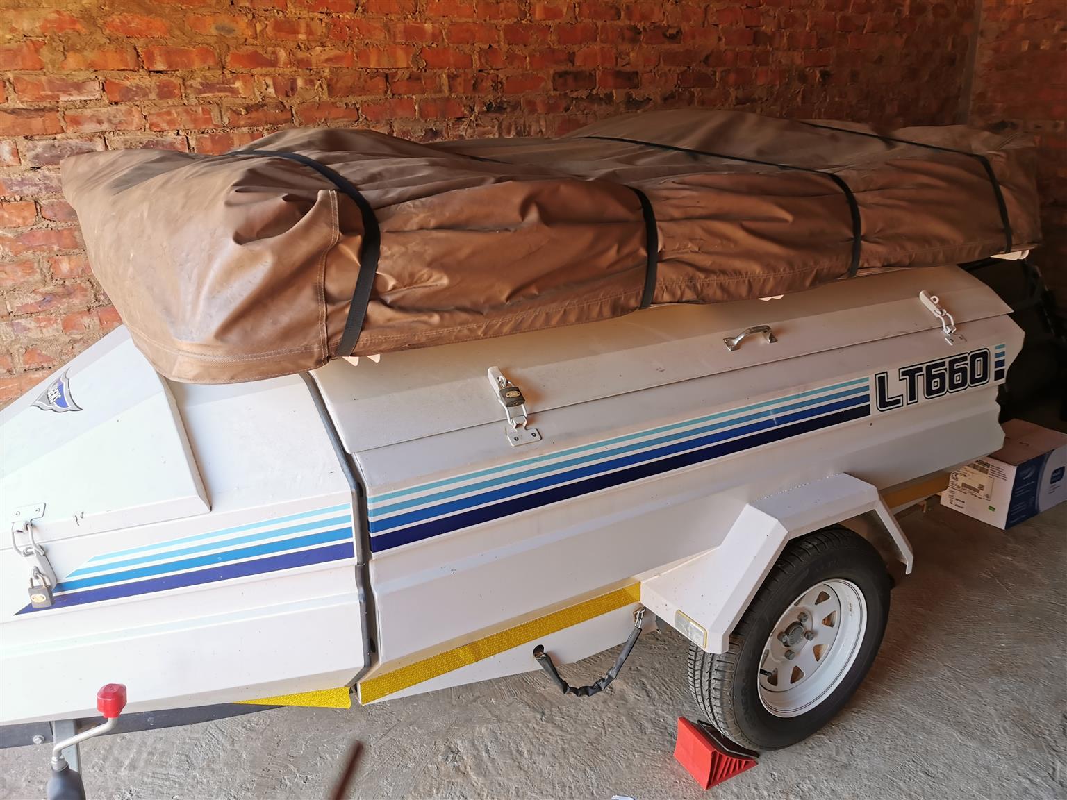 2016 Jurgens Lt660 camping trailer