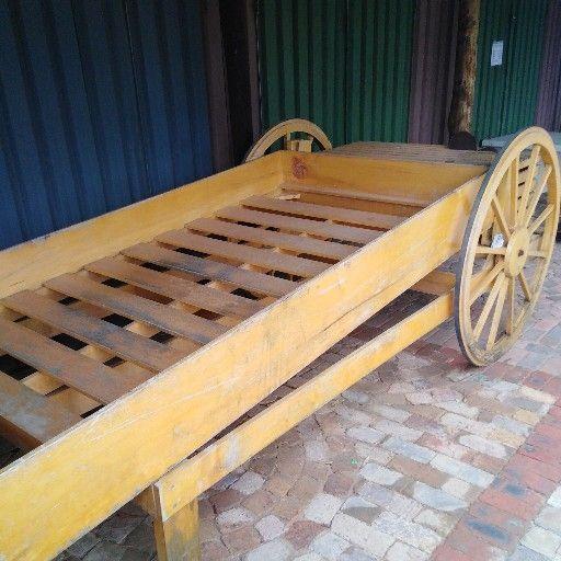 display Wagon