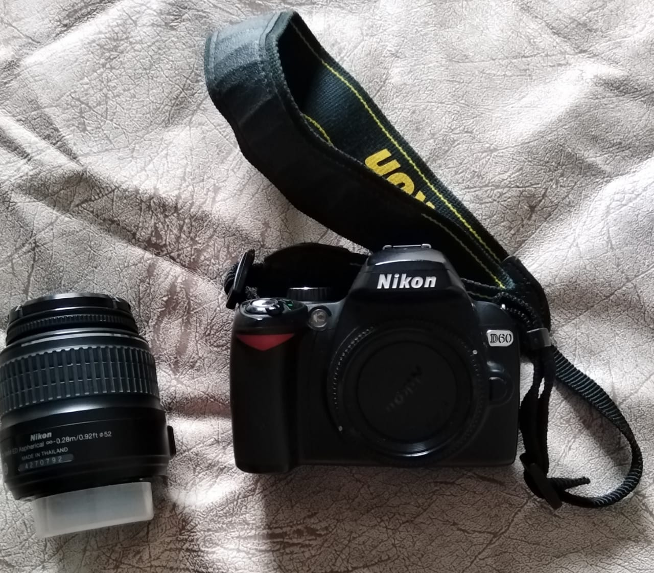 NIKON D60 CAMERA WITH ACCESSORIES