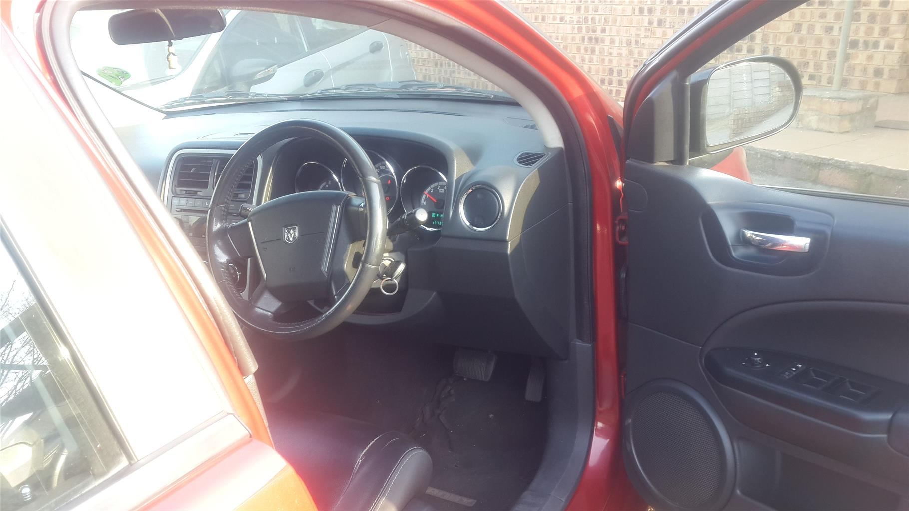 2010 Dodge Caliber 2.0 SXT auto