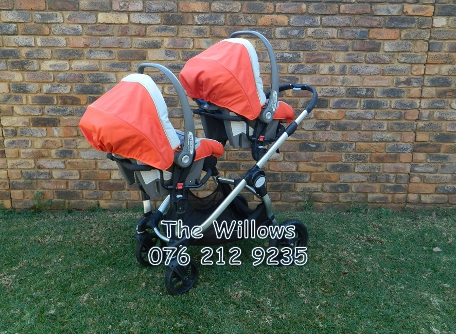 Second Hand Baby Jogger City Select Twin Travel System