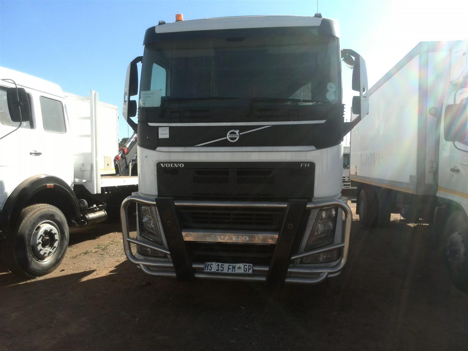 2015 - VOLVO HORSE mint condition posted by Zunaid Abdool UBUNTU Truck sales