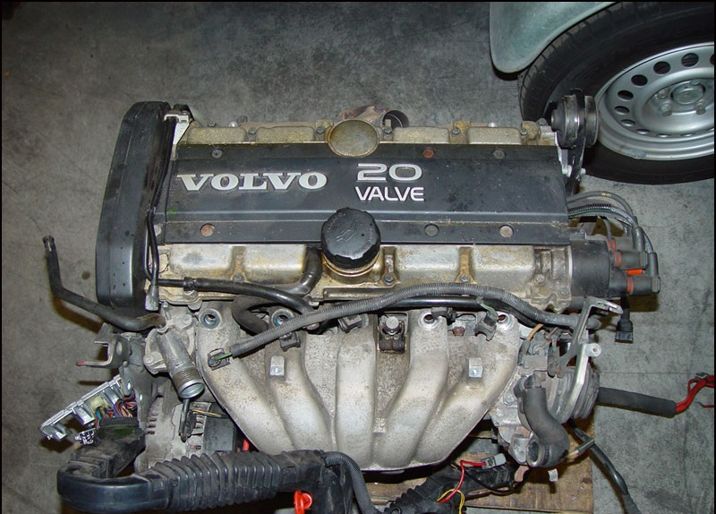 VOLVO 850/V70/C70/S70 2.5L, B5254T Complete Engine