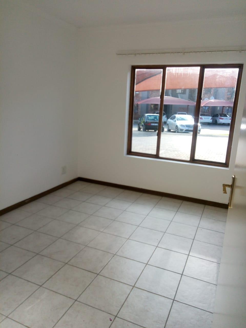 Ground Floor Unit in secure Heldewyk Estate for Rental