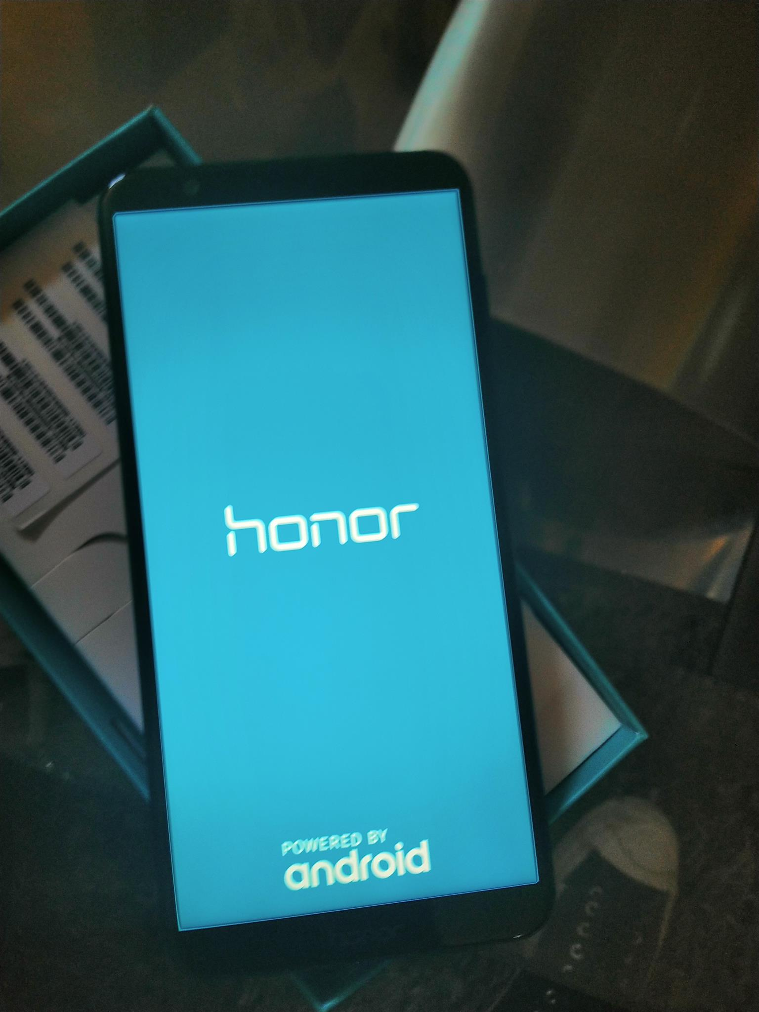 New Huawei Honor 7x. 5.99 inch screen. Waterproof with gorilla glass