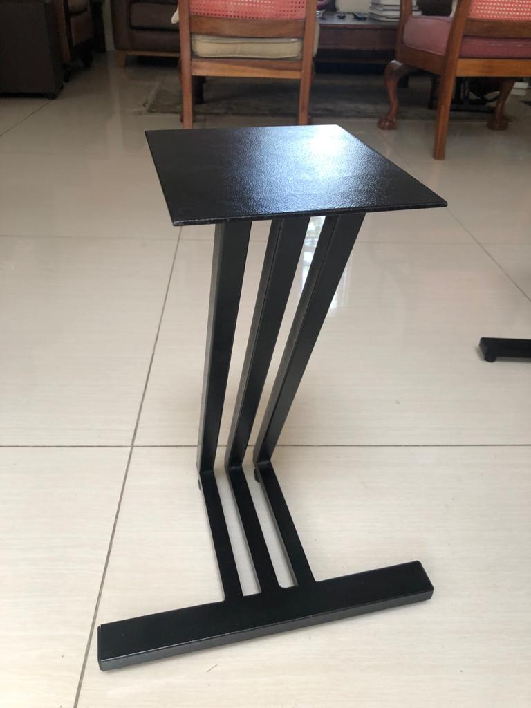 Unique Z-shaped Metal Speaker Stands on isolation height adjustable Spikes