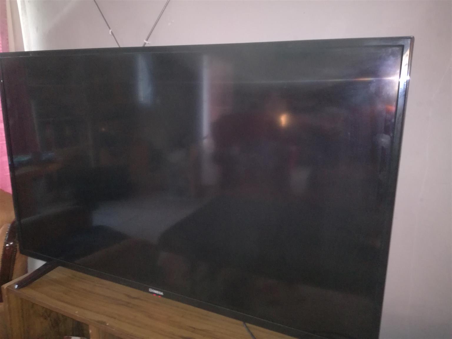"""50"""" smart tv"""