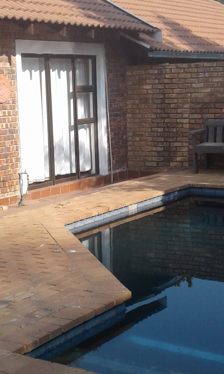3bedr, swimming pool. must to see!! Faerie Glen, Pretoria East