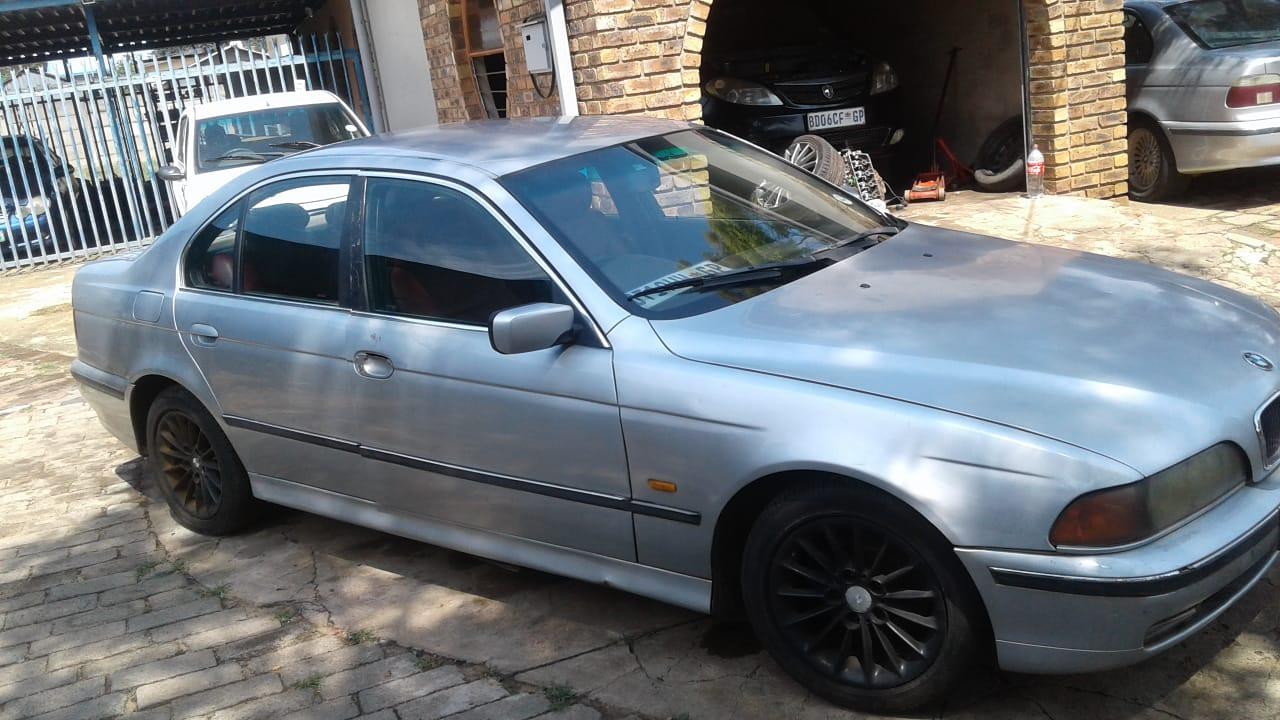 1999 BMW 7 Series 730d