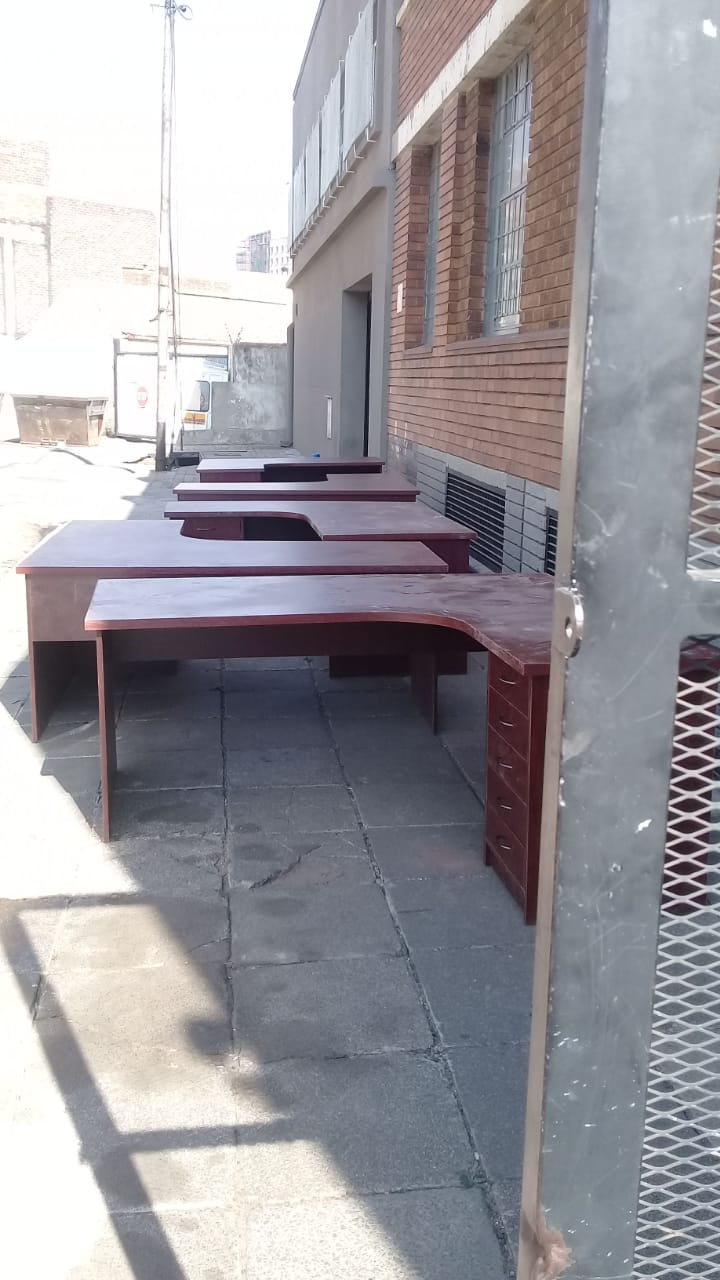 26 Brand New Office Desks