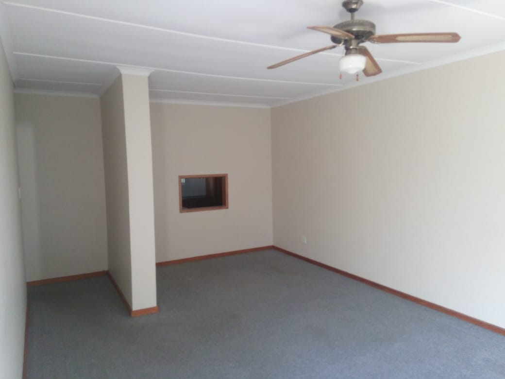 Spacious one-bedroom apartment