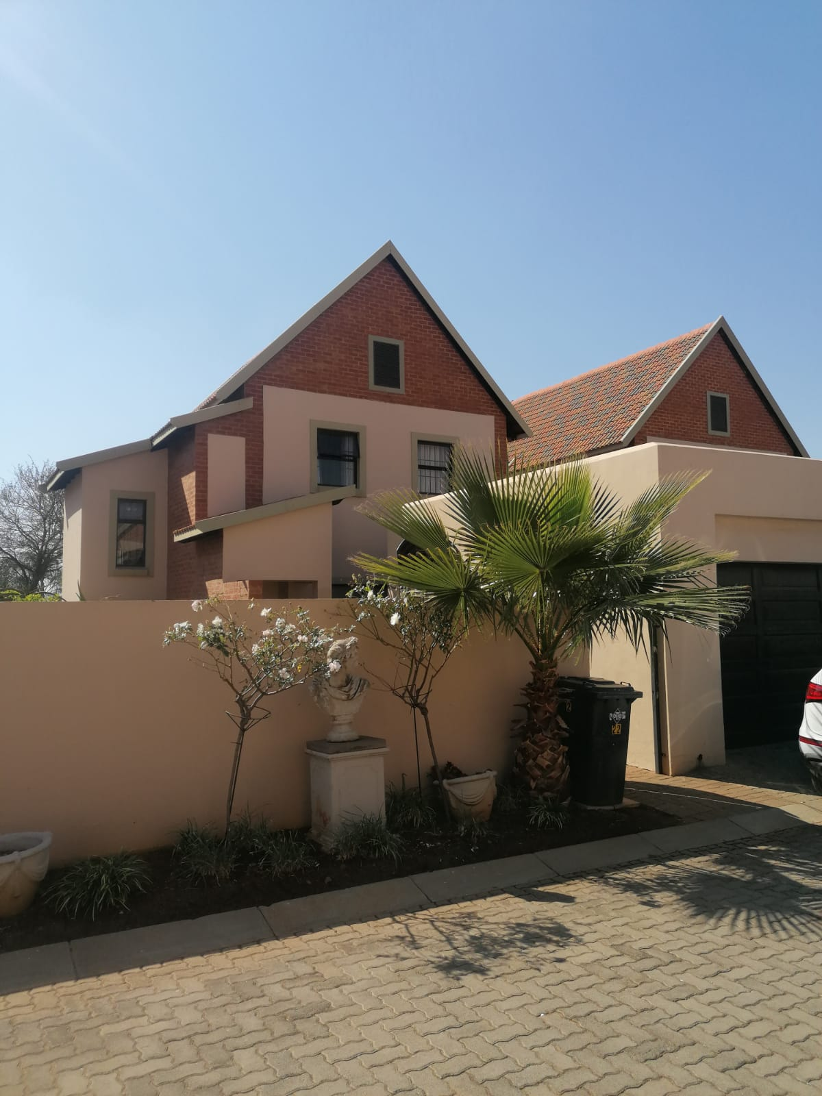 Houses and Townhouses for sale in Pretoria