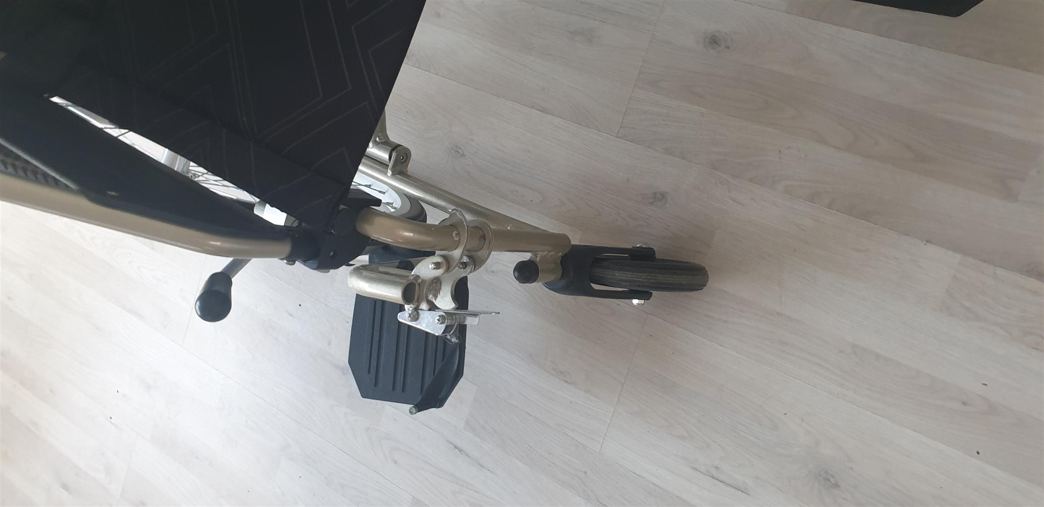 "Wheelchair - 20""Light weight aluminium"