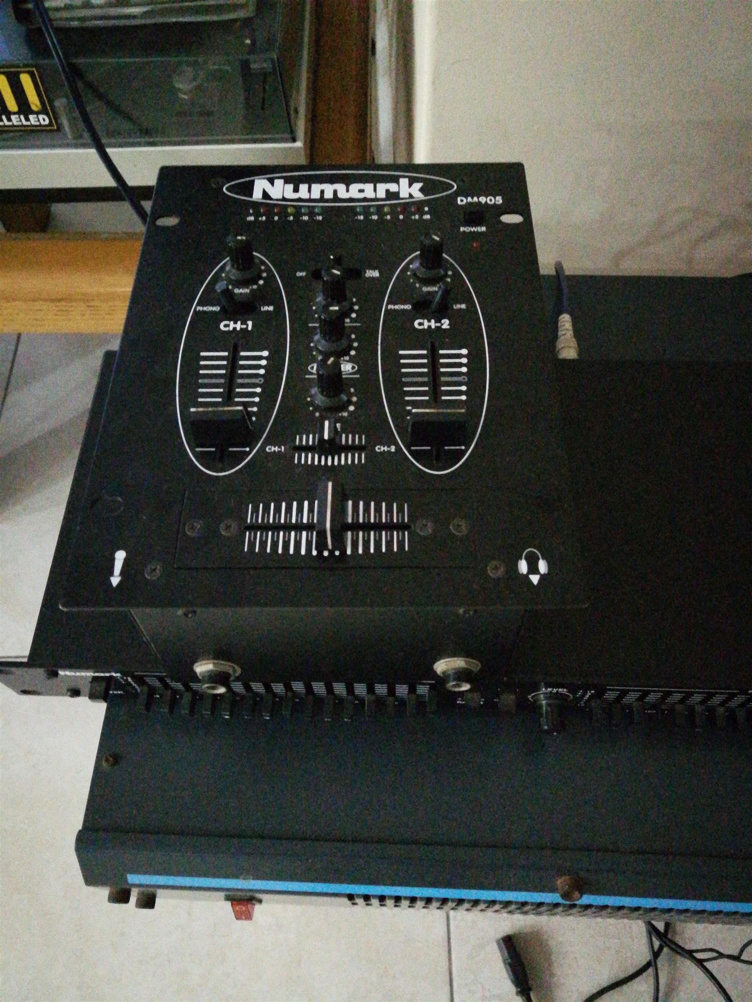 Hybrid A-200amplifier,Hybrid 12-100 speakers,Numark,mixer n equalizer