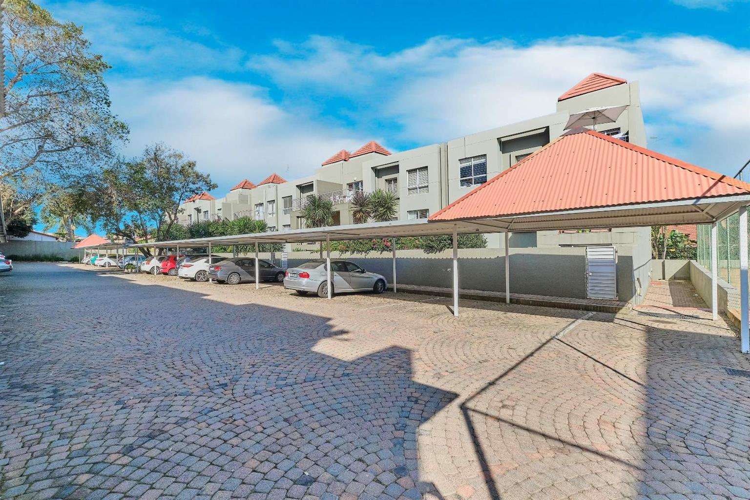 Apartment Rental Monthly in Glenhazel