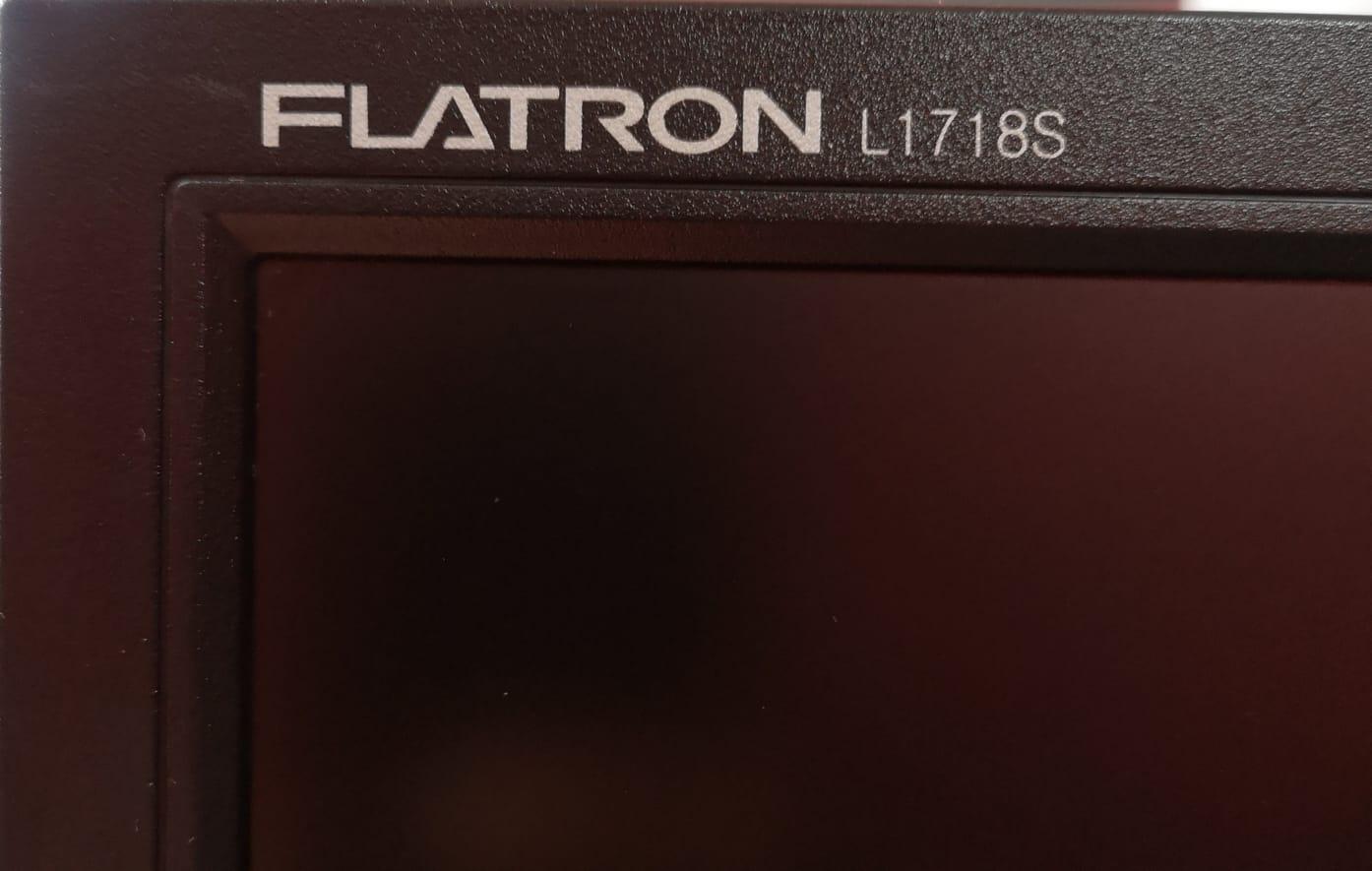 LG Flatron 17 Inch LCD Monitor