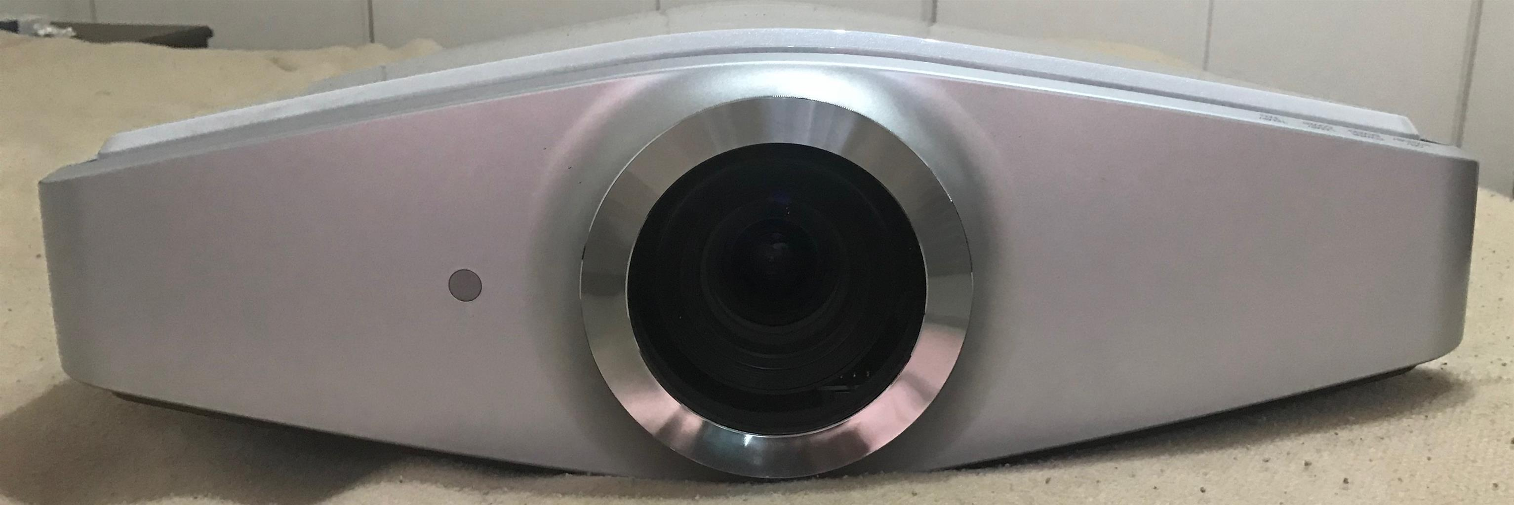 Sony VPL-VW100 1080p SXRD Front Projector