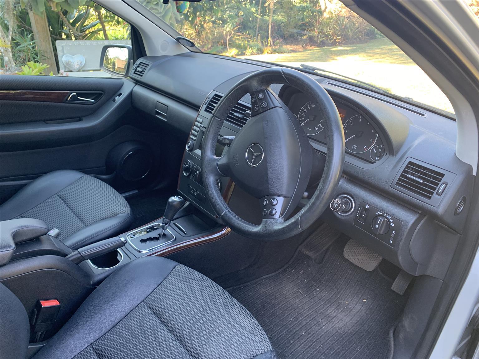 2011 Mercedes Benz A-Class hatch A 200 A/T
