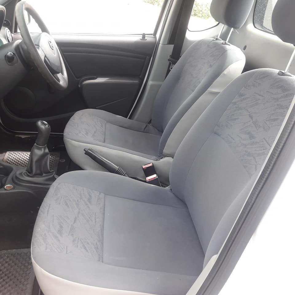 2015 Nissan NP200 1.6i (aircon)
