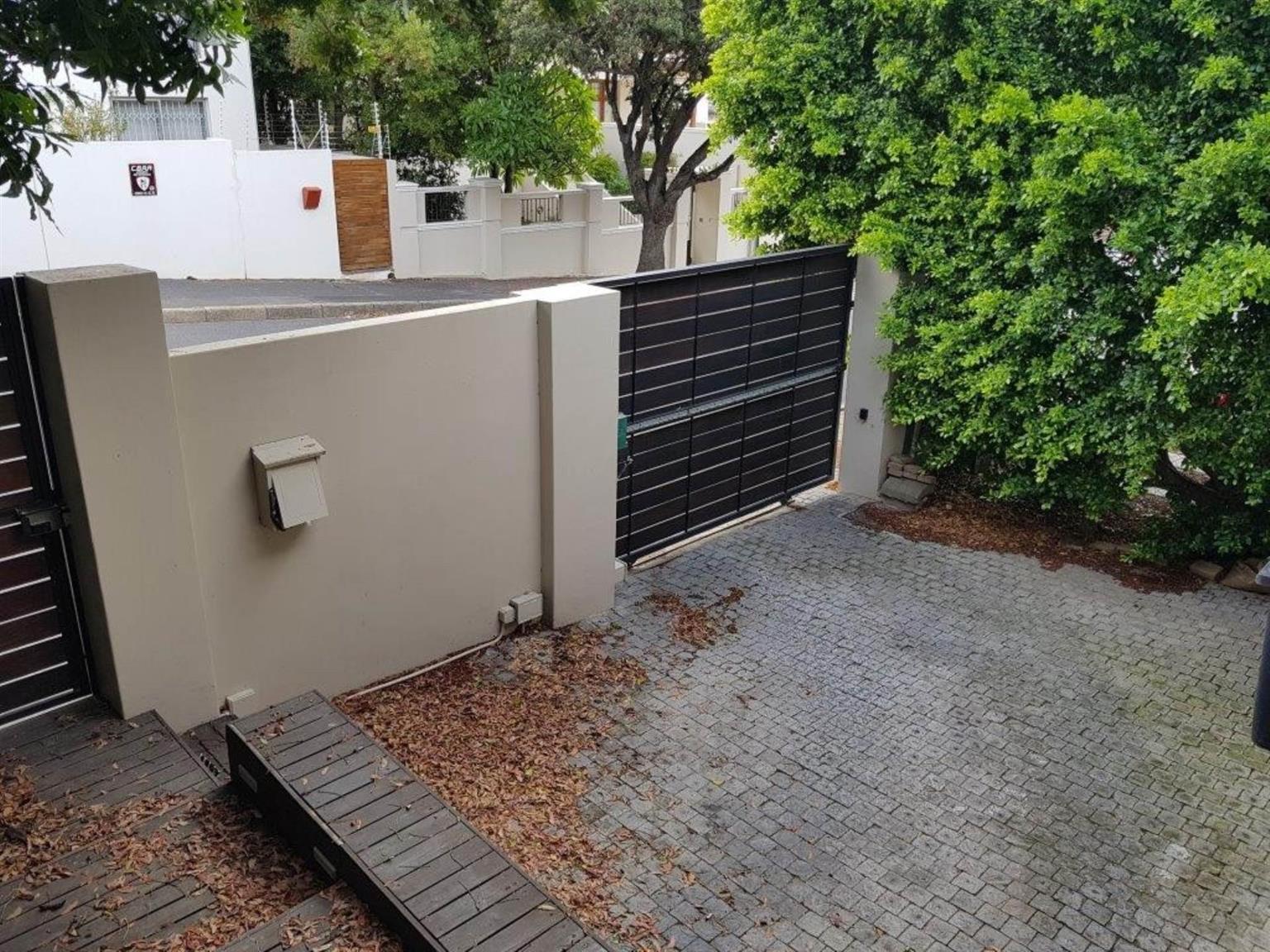 House Rental Monthly in VREDEHOEK