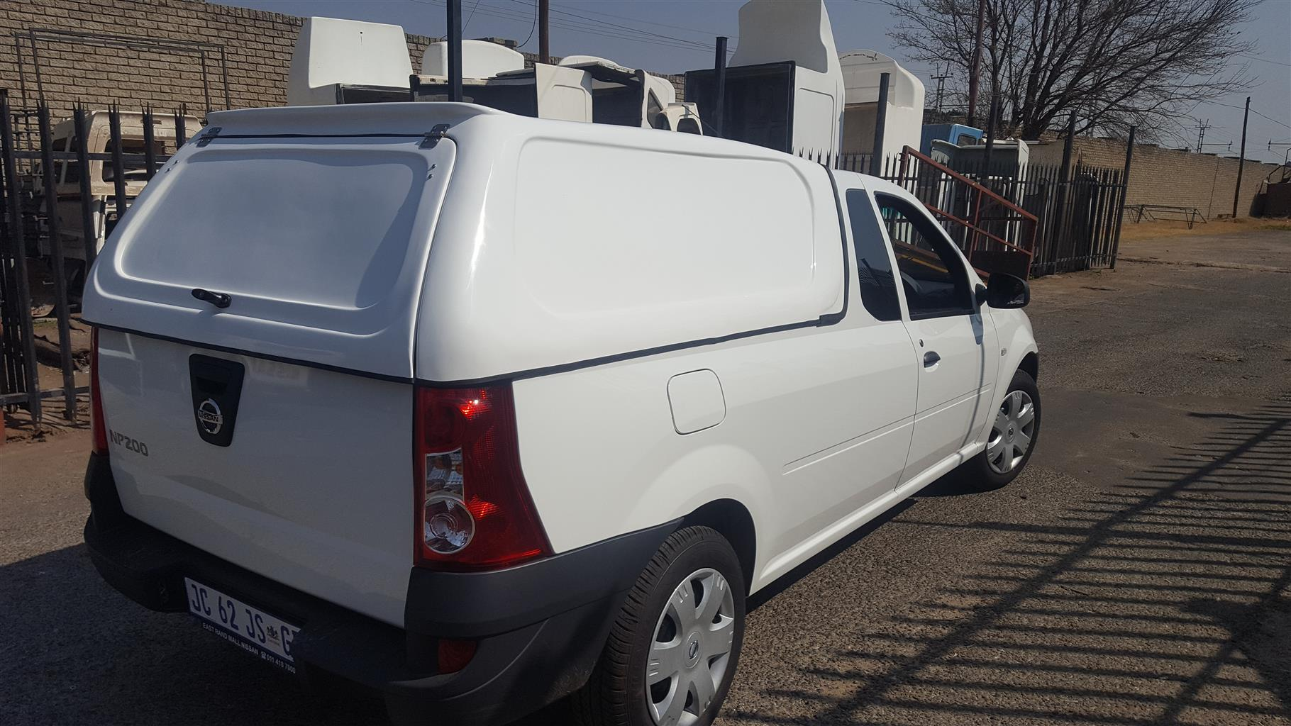 BRAND NEW GC NISSAN NP200 LOW COMPLETELY BLANK WHITE BAKKIE CANOPY FOR SALE