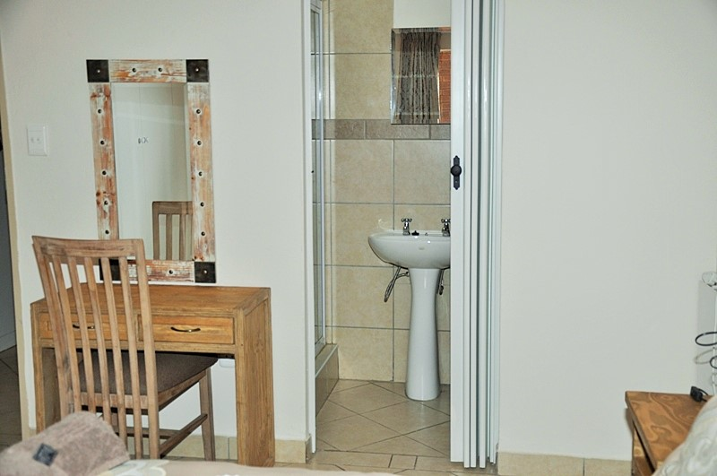 Fully Furnished 2-Bedroom Apartment To Let in Hazeldean, Pretoria East.