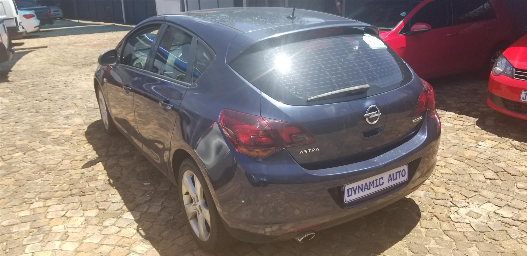 2011 Opel Astra hatch ASTRA 1.4T SPORT (5DR)