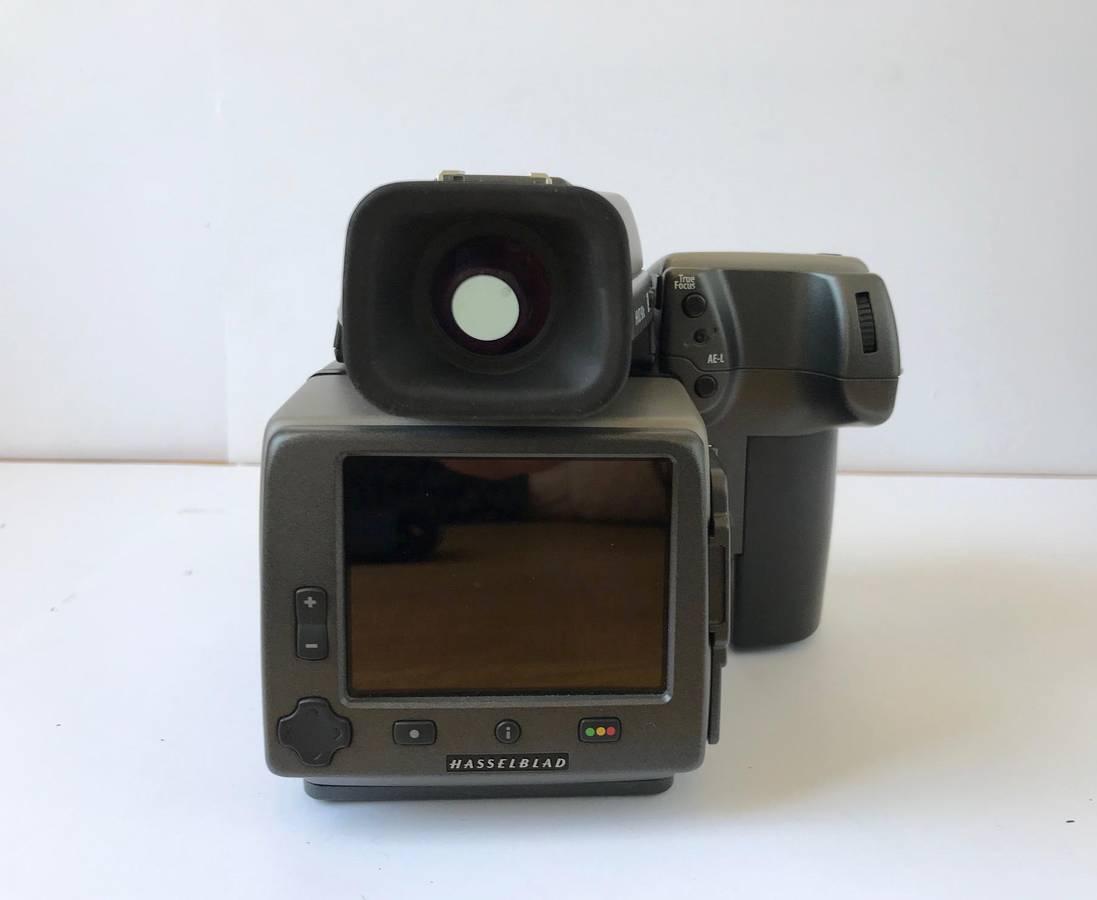 Hasselblad H4D40 digital camera