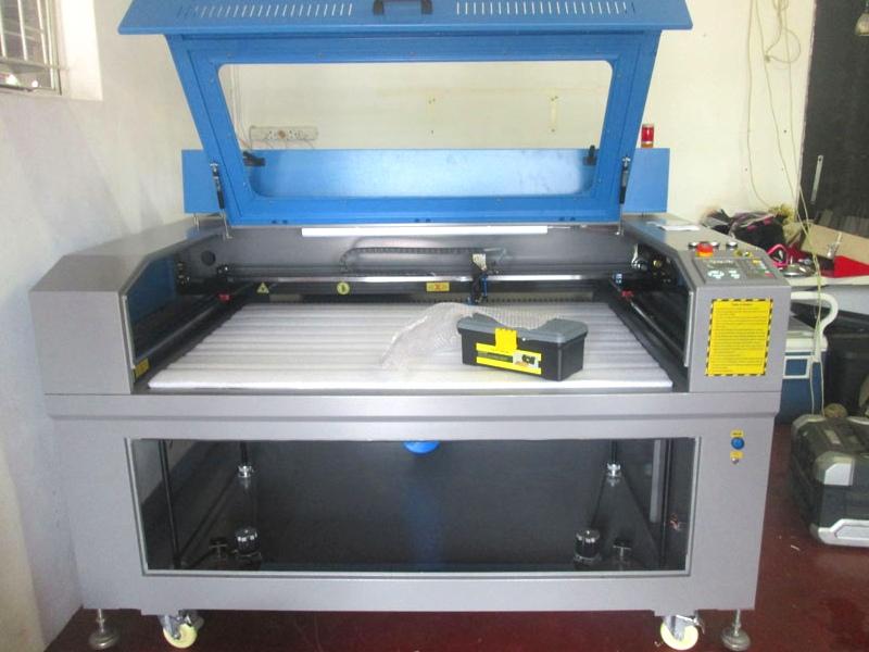 LC-1390/M160 TruCUT PRO Standard Range 1300x900mm Cabinet Type for Sheet Metal/Non-Metal