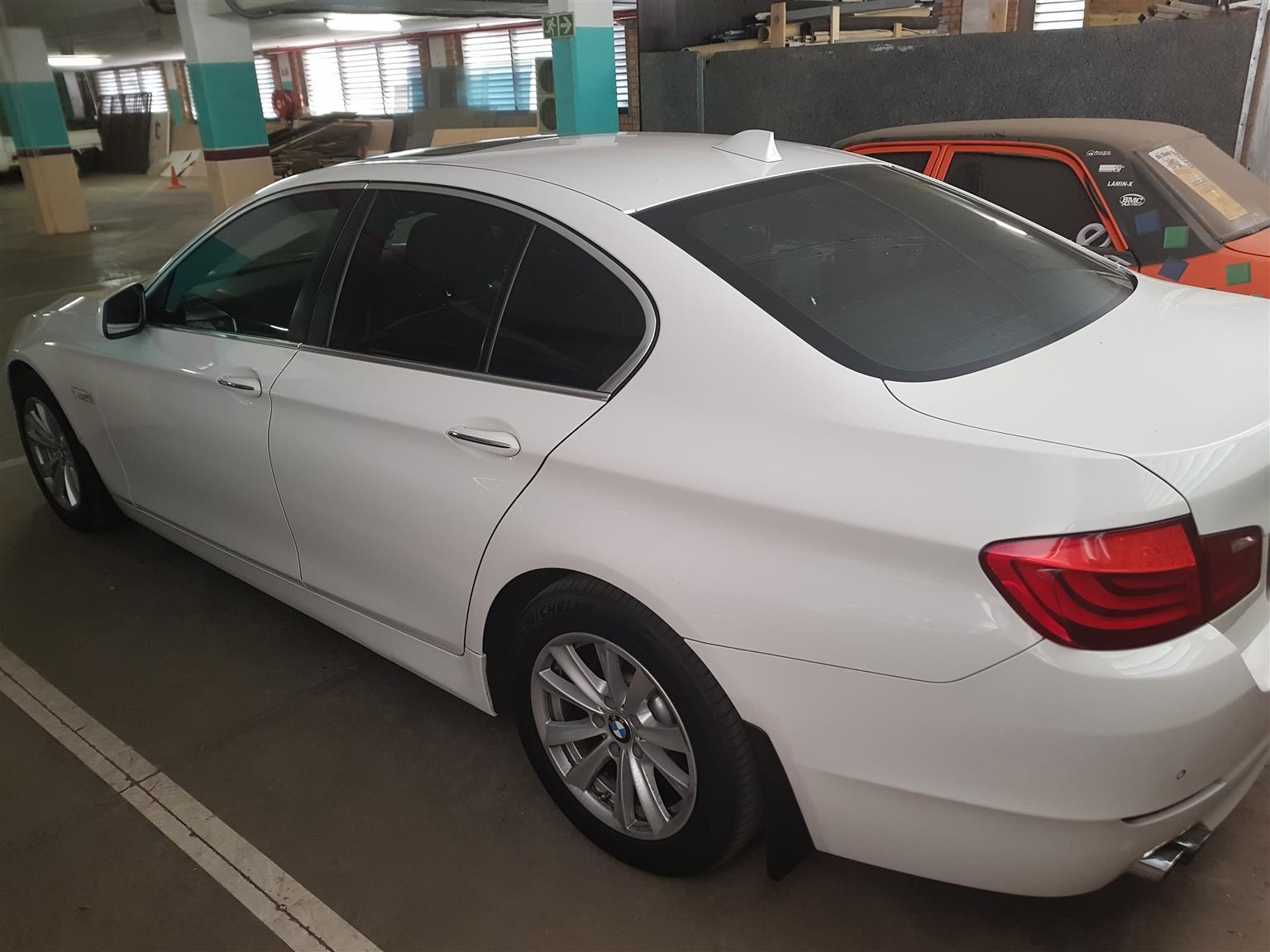 2011 BMW 5 Series sedan 520d LUXURY LINE A/T (G30)