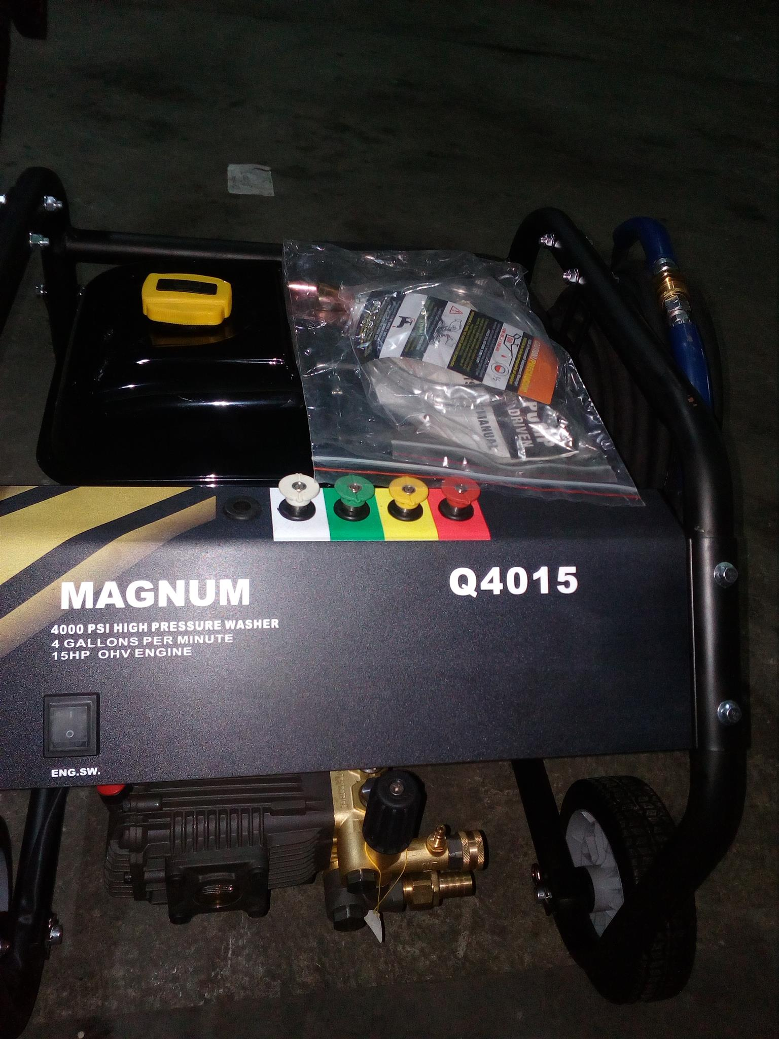 Magnum High Pressure Petrol  Washer with 16 hp Engine 4000psi
