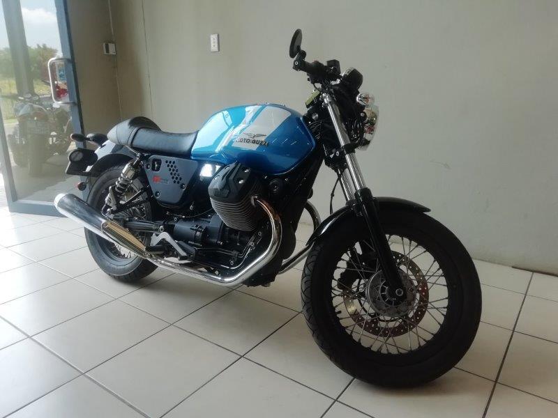 2017 Moto Guzzi V7