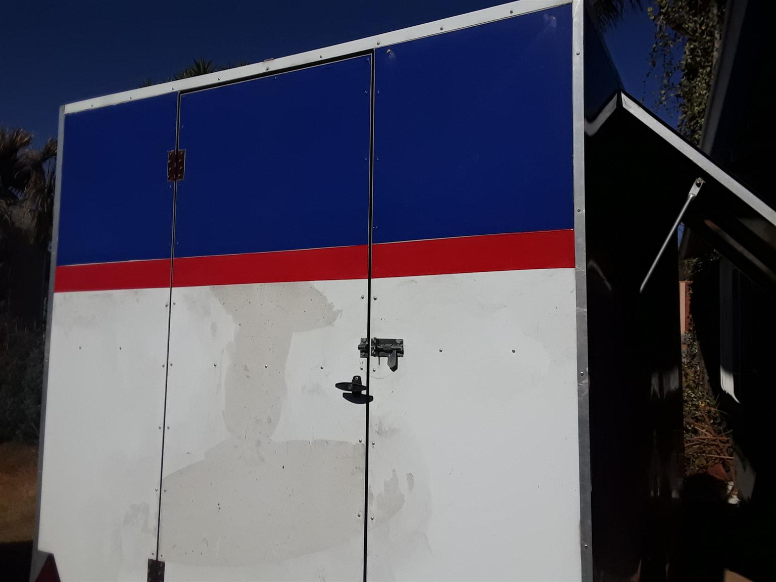 Food trailer with extras for sale