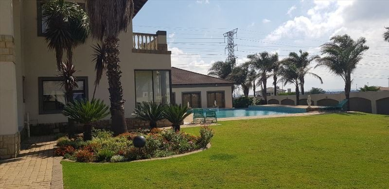 Cluster For Sale in Parkrand