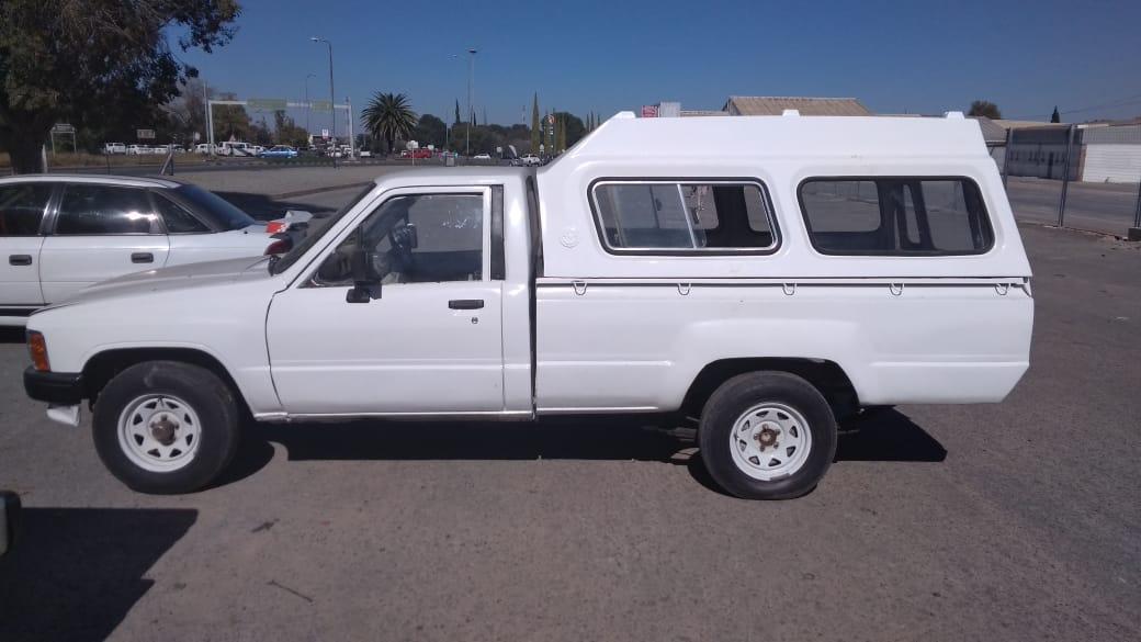 1987 Toyota Hilux 2.0