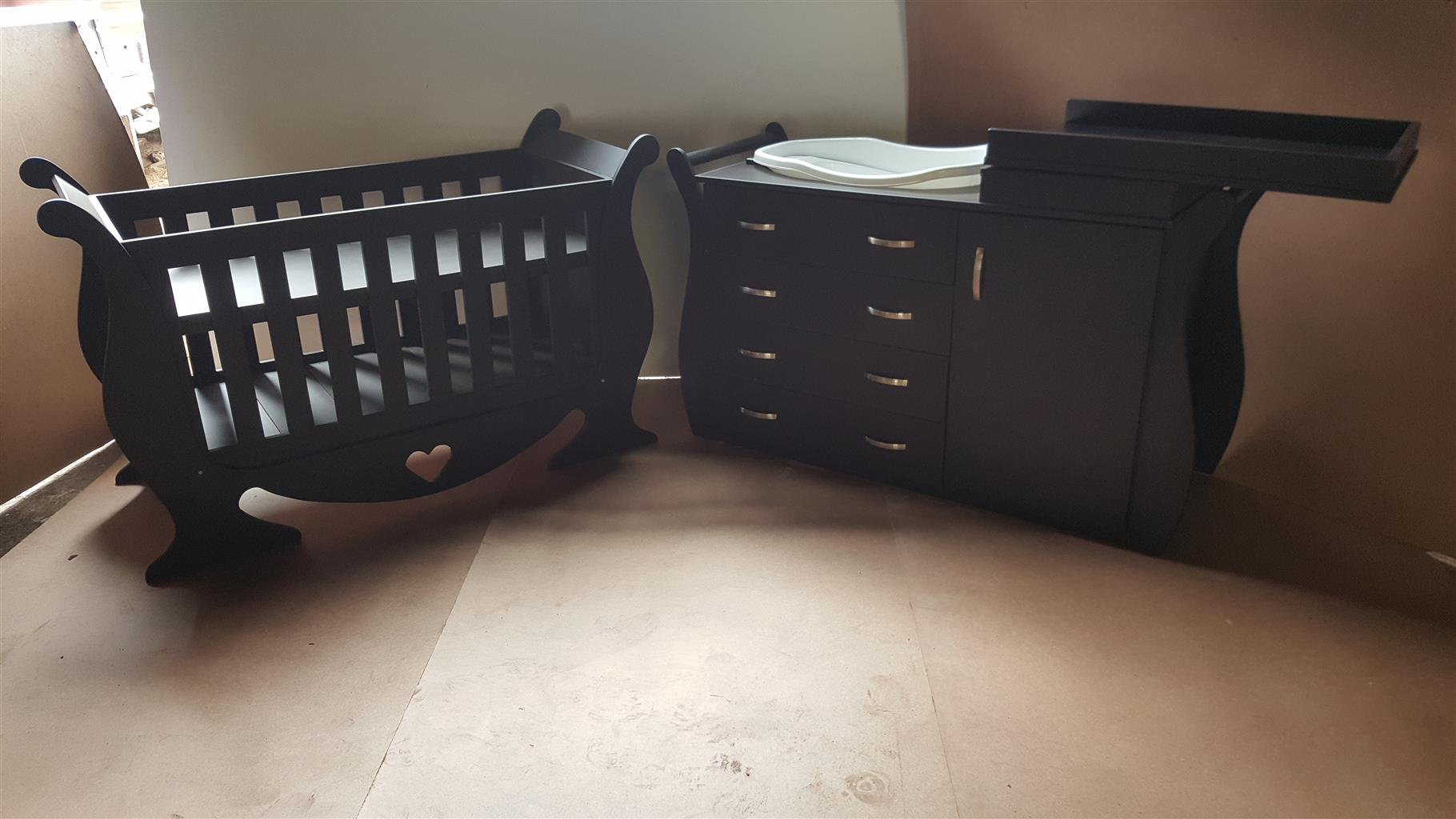 Baby Cot And Compactum Combo Item code Sur 22