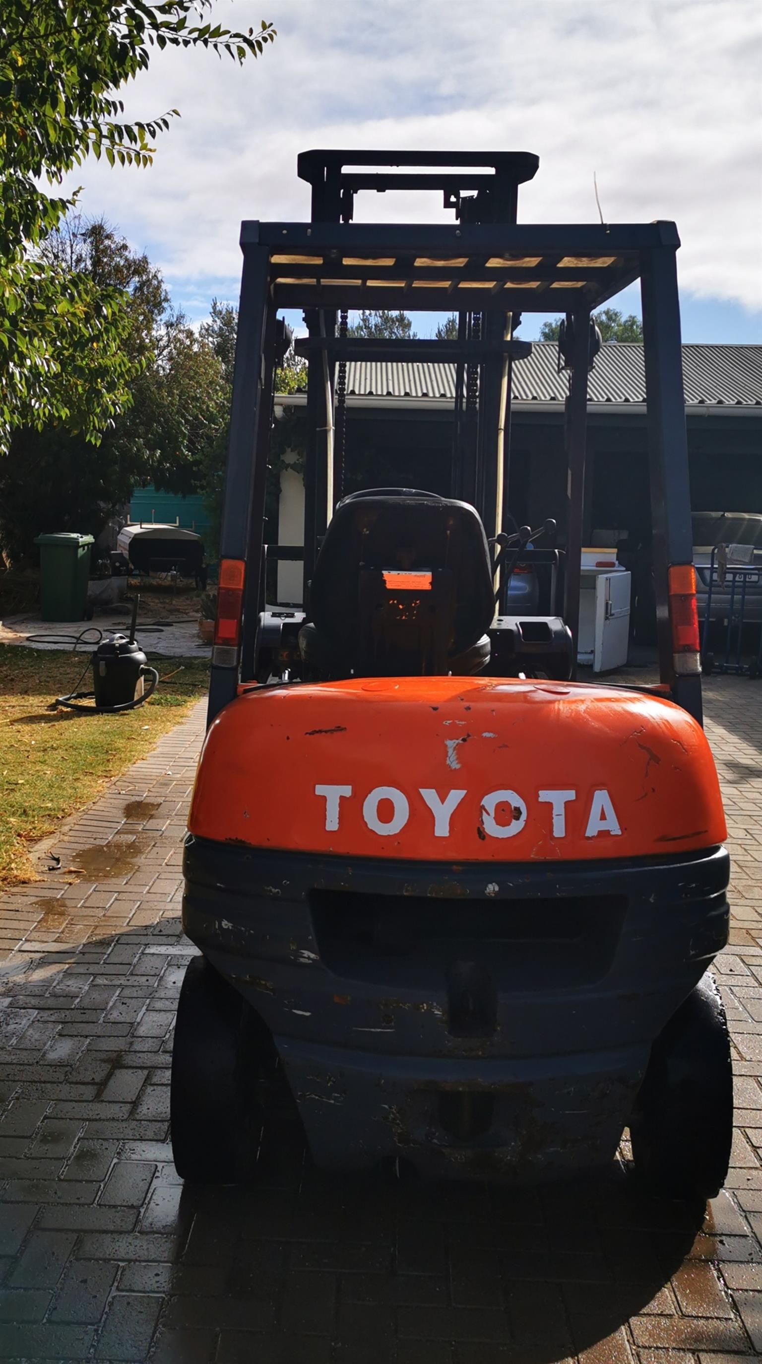 2006 Toyota 2.5 Ton Forklift