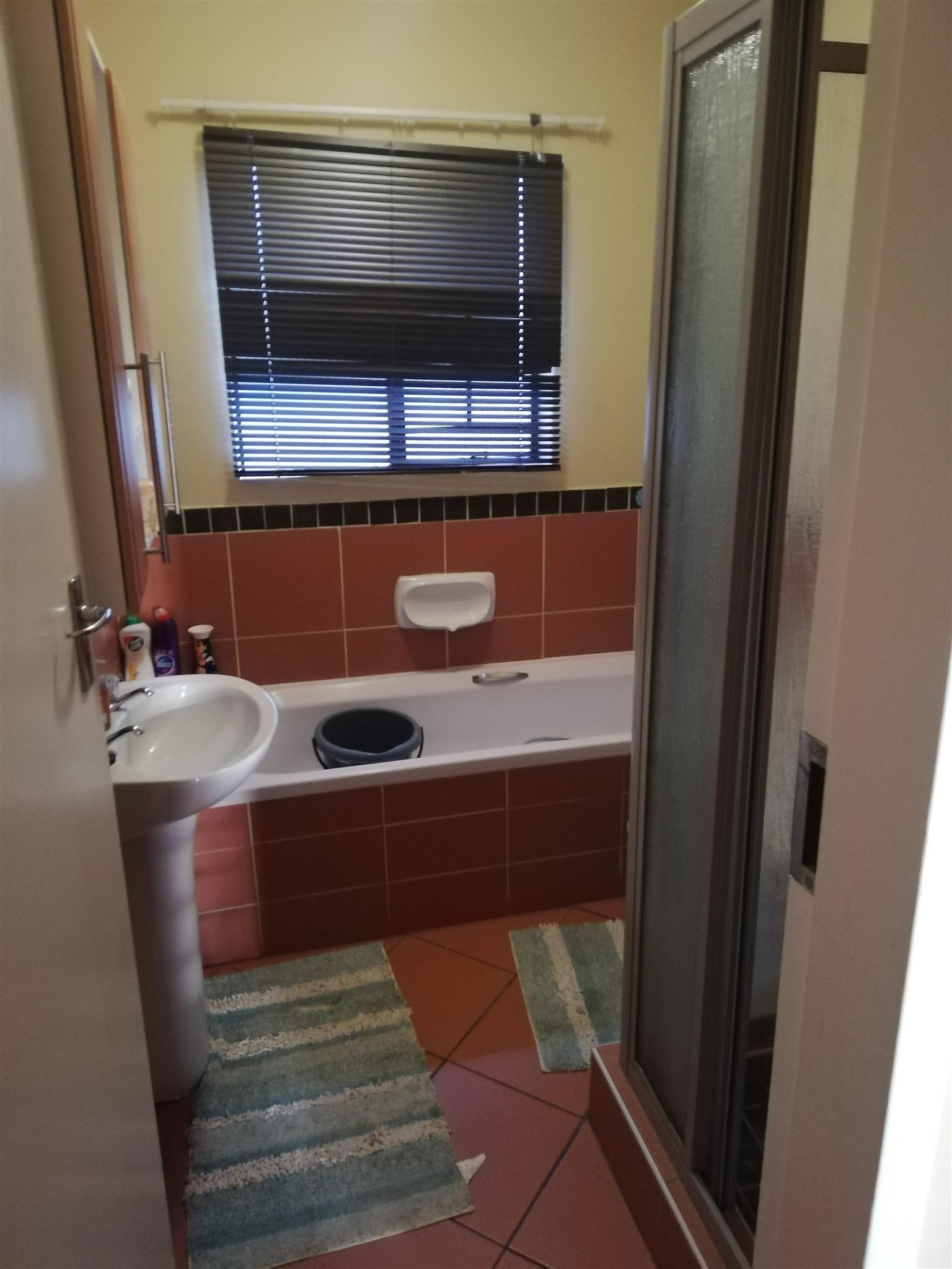 Room to rent 3200