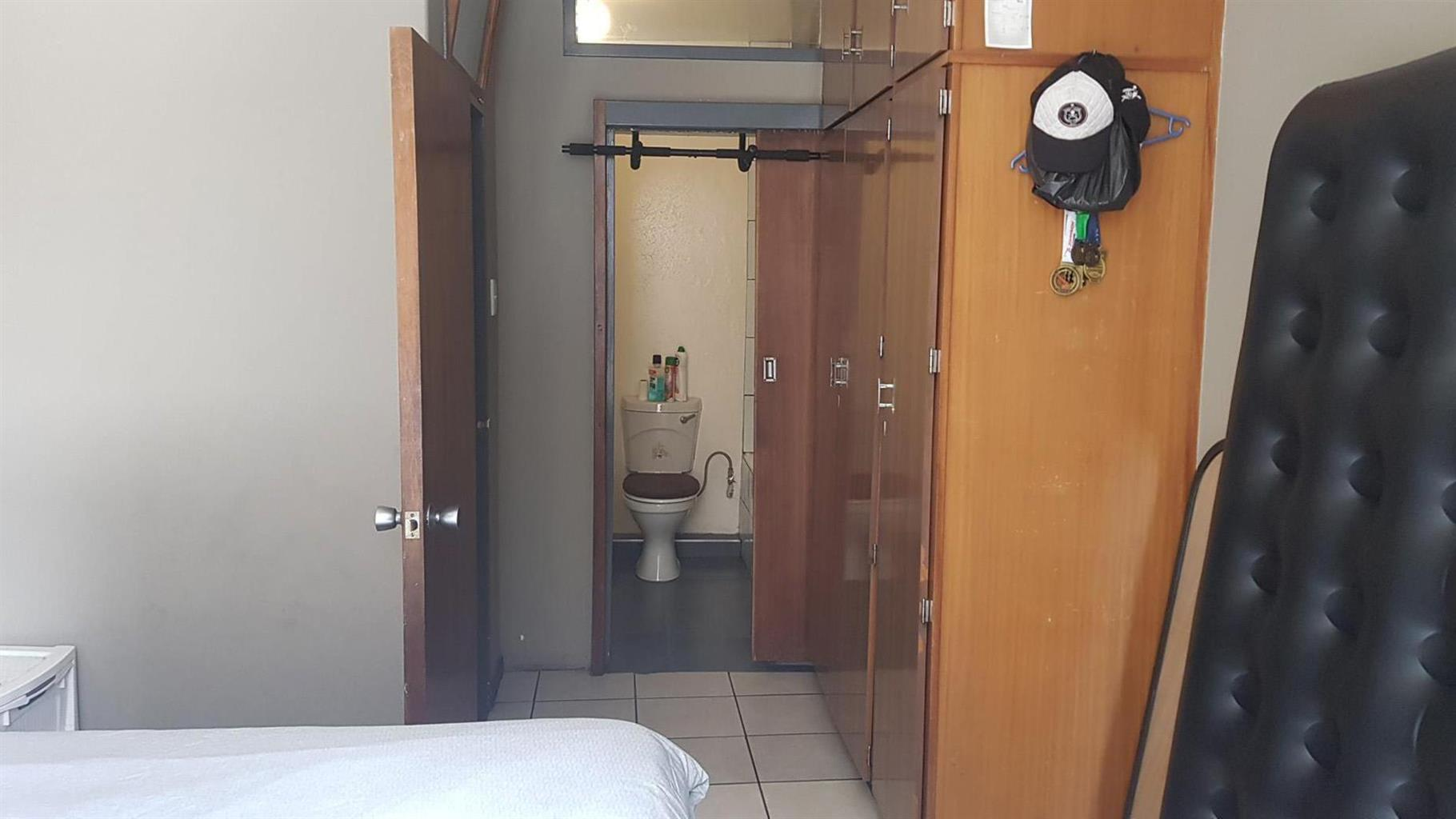 Apartment For Sale in Braamfontein